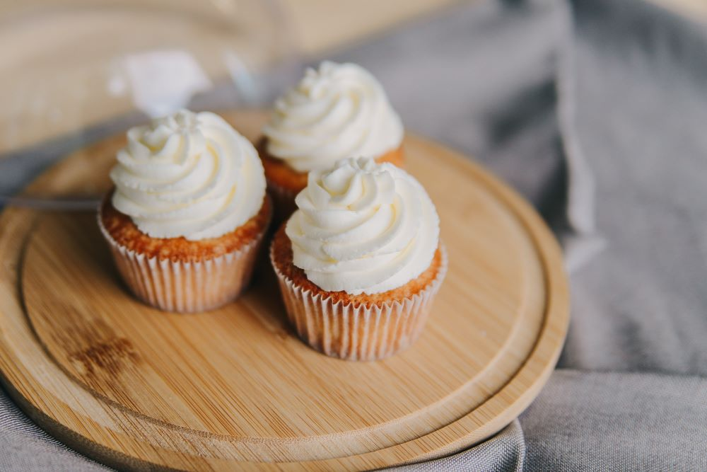 cupcakes on a wooden tray