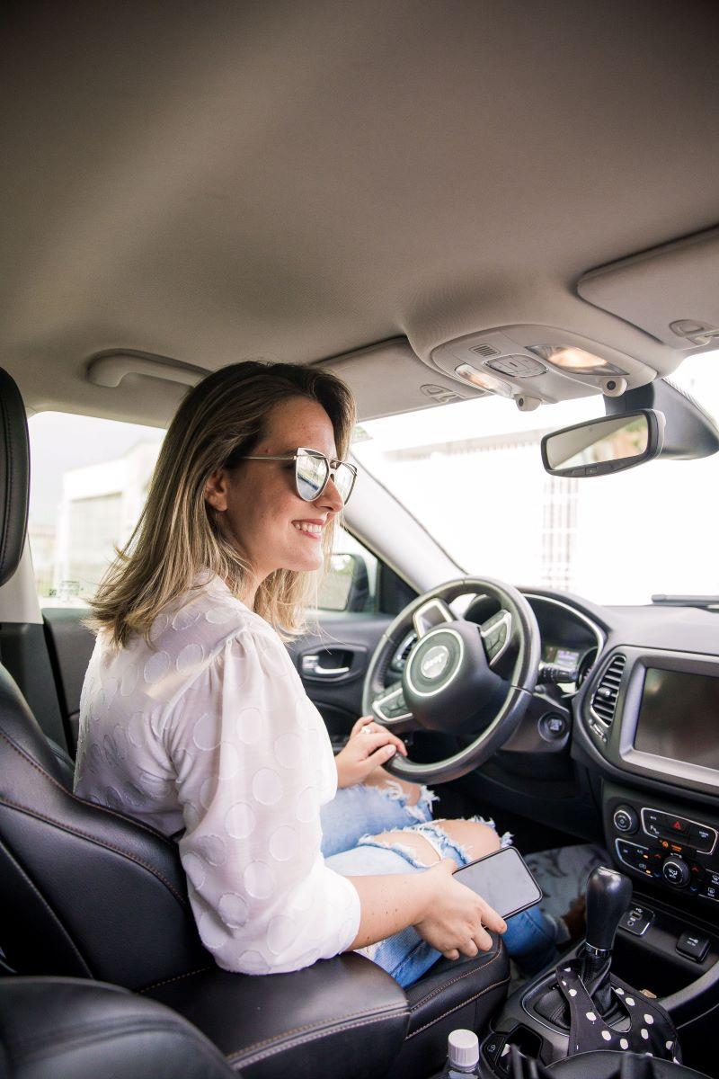 woman driving in anna maria island